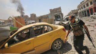 Wanajeshi wanaoungwa mkono na Marekani waukomboa mji wa Mosul kutoka kwa mikono ya IS