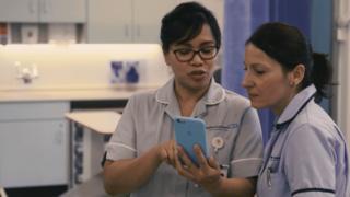 Nurses using Streams app