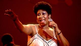 Aretha Franklin oo bandhig ka dhigaysa Chicago, 1992