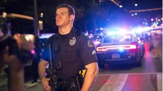 Un oficial de policía en Dallas