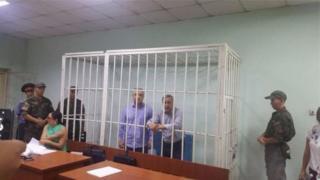 Өмүрбек Текебаев менен Дүйшөнкул Чотоновдун адвокаттары Бишкек шаардык сотуна апелляциялык арыз менен кайрылат