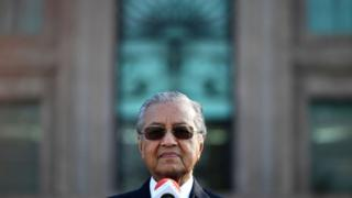 Tân Thủ tướng Mahathir Mohamad đang quyết tâm thu hẹp sự ảnh hưởng của Trung Quốc ở Malaysia.