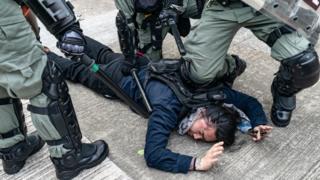 Bạo lực gia tăng ở Hong Kong trong những tuần qua
