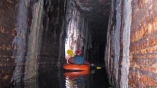 Caverna em Montreal