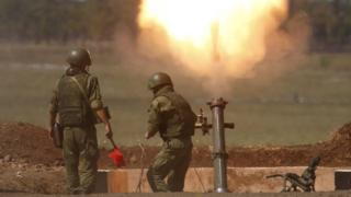 Russian mortar team on exercise, 10 Aug 15