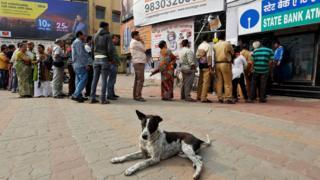 Bank queue in Kolkata