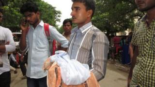 गोरखपुर में बच्चों की मौतें