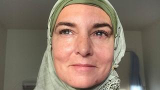 Shuhada' Davitt, anteriormente conhecida como Sinéad O'Connor