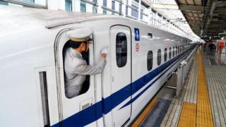 японський потяг