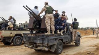 قوات حكومة الوفاق لاتزال تخوض معارك مع قوات حفتر
