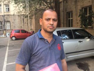 न्याय मिळाल्याशिवाय घरी परतणार नाही, असं नरेंद्र धर्मा पाटील यांनी सांगितलं आहे.