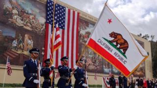Celebración del Día del Veterano en Los Ángeles.