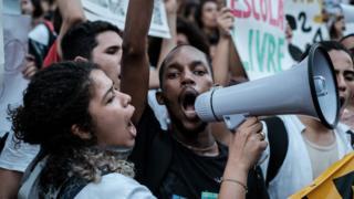 Protesta contra la austeridad en Brasil