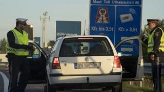 П'ять країн Шенгенської зони запровадили прикордонний контрль через потік мігрантів