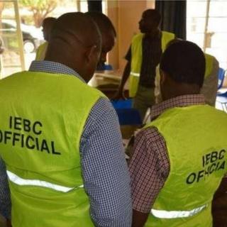 Un haut fonctionnaire de la commission électorale du Kenya (IEBC) a quitté son poste et s'est enfui aux États-Unis.