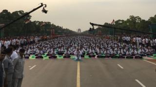 Narendra Modi leading a session on World Yoga Day