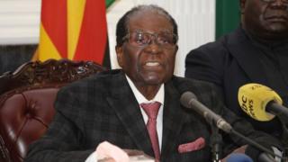 O ex-presidente Mugabe em uma fioto de 20 de novembro, segunda-feira.