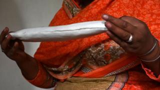 Woman hold sanitary pad