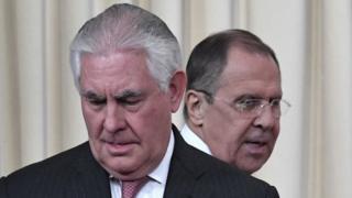 Госсекретарь США Рекс Тиллерсон и министр иностранных дел РФ Сергей лавров после переговоров в Москве 12 апреля 2017 года
