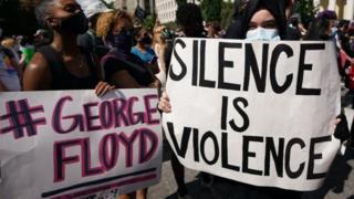 تظاهرات روزهای گذشته در اعتراض به خشونت پلیس علیه سیاه پوستان آغاز شد