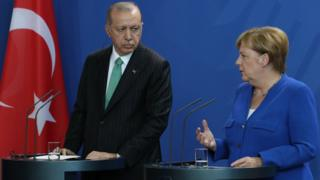 Turkish President Recep Tayyip Erdogan and German Chancellor Angela Merkel during a press conference in Berlin, 28 September 2018