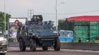 Police patrol in Kinshasa in November 2017