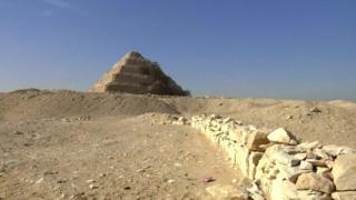 کشف مقبره دستنخورده باستانی در مصر