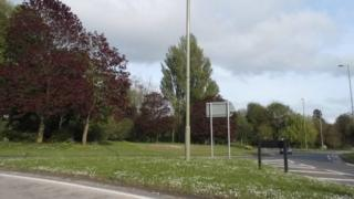 Folly Roundabout, Andover