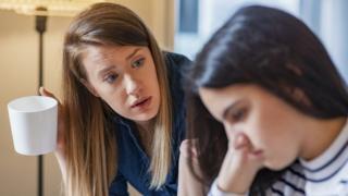 أنجح طرق الحوار مع المراهقين