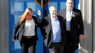 Dem dey carry Harvey Weinstein comot wit handcuff