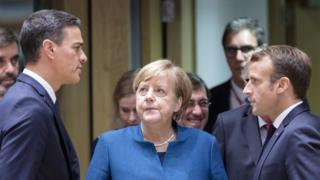 Los presidentes de España (izquierda), Alemania y Francia (derecha).