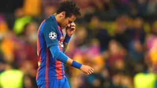 Le Barça est aussi poursuivi en tant que personne morale, de même que son club d'origine au Brésil, Santos.