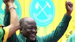 Prezida John Magufuli wa Tanzania arakunda kw'ibintu bikoregwa ku murongo