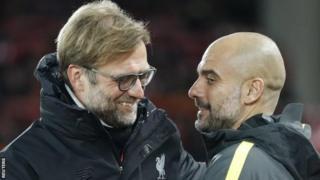 Mkufunzi wa Liverpool Jurgen Klopp na mwenzake wa Manchester City Pep Guardiola