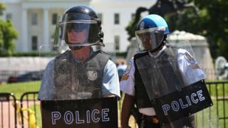 A polícia dos parques nacionais foi acusada de usar força desnecessária