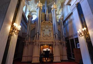 Willis organ at Blenheim Palace