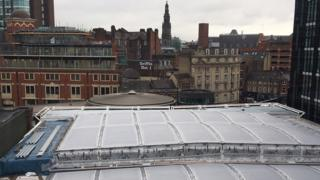 Work finishes on new Leeds railway station roof