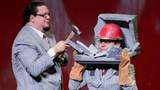 Penn and Teller and Mischief Theatre to produce Magic Goes Wrong