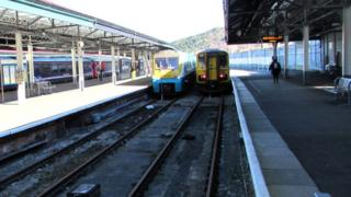 Platforms 3 along with also also 4 at Swansea railway station