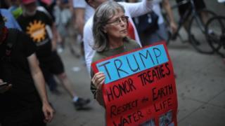 акция в поддержку Парижского соглашения по климату в Чикаго 2 июня 2017 года