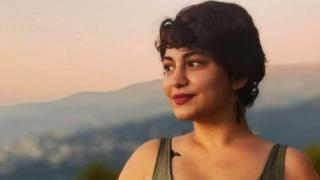 الناشطة اللبنانية نادين جوني