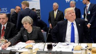 Theresa May e Donald Trump