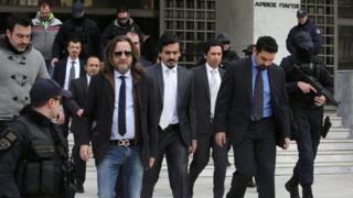 Турецкие солдаты в здании верховного суда Греции