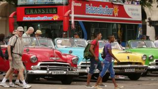 Cuba controversy over local and Indian wages