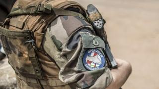 Un soldat français de l'opération Sangaris dont certains ont été accusés d'abus sexuels sur des enfants centrafricains
