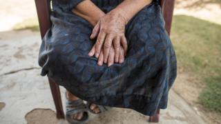 સ્ત્રીના હાથ