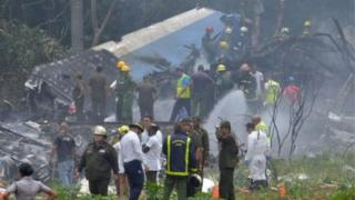 Destroços do avião em Cuba