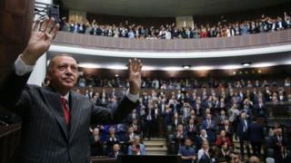 """Madaxweyne Erdogan ayaa sheegay in ku celinta doorashadu ay ahayd """"tallaabad u wanaagsan Turkiga"""""""