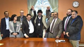 ممثلو الحكومة وحركة الحوثيين اليمنية يلتقون في السويد