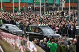 In pictures: Billy McNeill funeral - BBC News